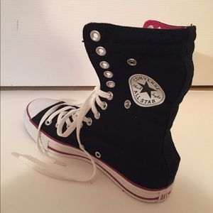 Converse Shoes - 🆕 LIMITED EDITION Converse Hi-Top Sneakers 💀👟❤️